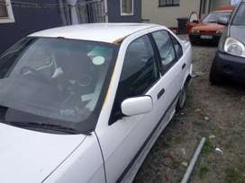 Hi got BMW e 36 316i complete motor with automatic gearbox