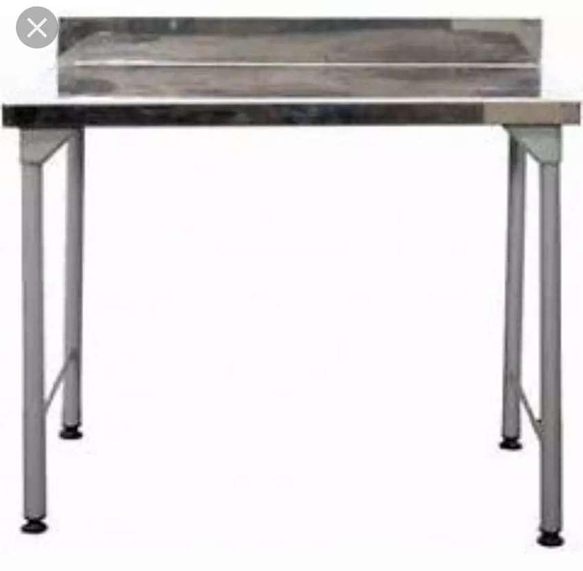 1.1m STAINLESS STEEL TABLES 0