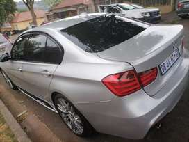 BMW 320I M SPORT WITH SUN ROOF IN EXCELLENT CONDITION