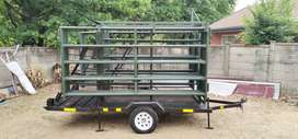 Mobile Cattle crush with kraal panels