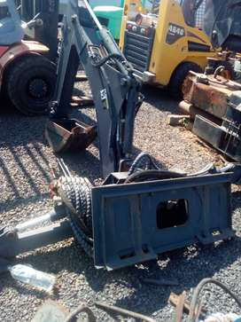 Skidsteer Bachoe Attachment