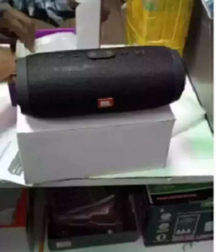 Charge 3 JBL Bluetooth speakers 0