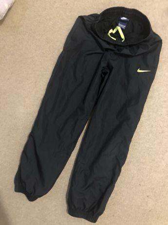 Spodnie dresowe chłopięce NIKE 137-147 cm Częstochowa - image 3