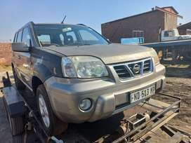 Nisaan xtrail YD22 2003 model stripping for spares