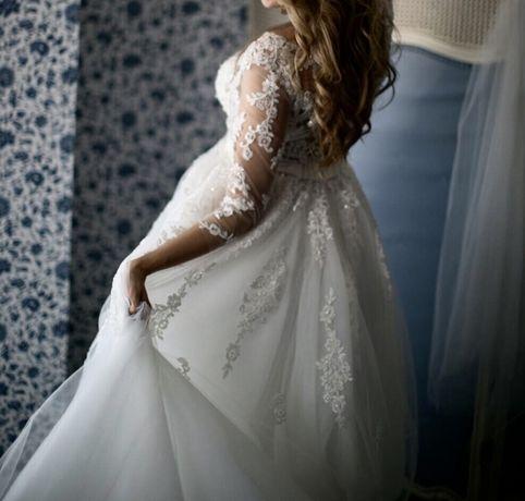 Продам свадебное платье !Дорого!!платье VIP класса . Одесса - изображение 2