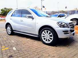 2012 Mercedes benz ML500  Automatic