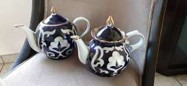 Teapots unique R1000 each onco