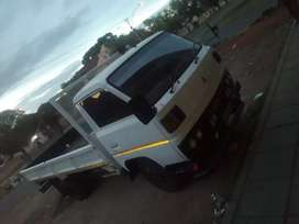 Mitsubishi canter truck  100% fresh and in working order