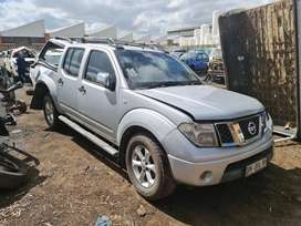 Nissan Navara 2.5 4x2 manual stripping for spares CALL OR WHATSAPP
