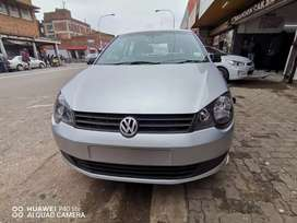 2013 POLO VIVO 1.4 WITH SERVICE BOOK