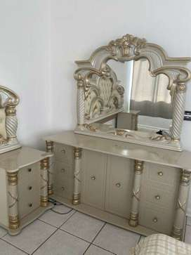 R5200 FOR A HEADBOARD + DRESSING TABLE MIRROR