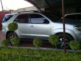 Toyota Fortuner 4x4 4.0 petrol automatic on sale
