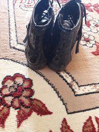 Продам лакированные ботинки