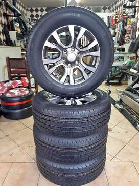 Ford Ranger wildtrack rim and tyre