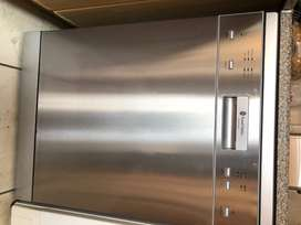 DISHWASHER, RUSSELL HOBBS, STAINLESS
