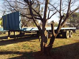 Henred Trailer 2 Axle Tyres 70% Strong & Neat