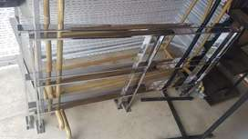 Chrome rails for shop