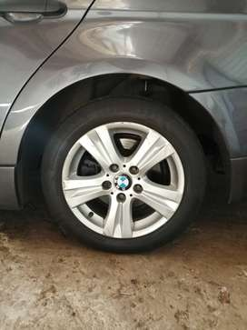 Bmw 16 rims with tyres