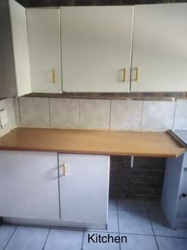 Lyndhurst Rentals 1 & 2 bedrm apartments from R4570pm