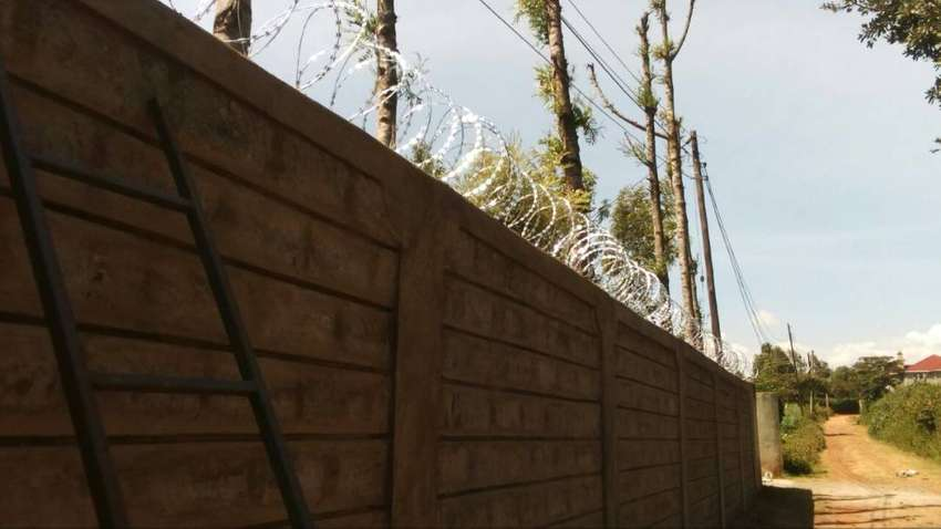 Electric & Non Electric fence Solutions 0