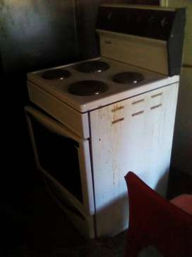 Stove and geyser for sale
