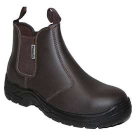 Pinacle comfortable Safety boots.
