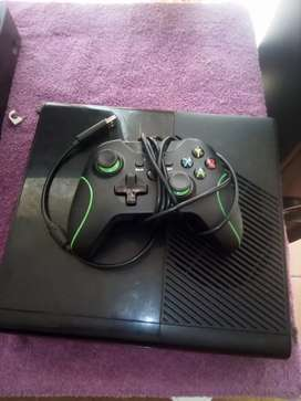 Xbox 360 wit 1 controle
