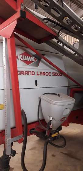 Kuhn Grand Large 30m  spuit te koop