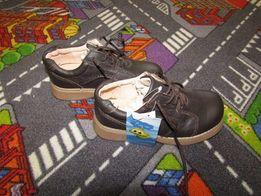 туфли на шнурках новые