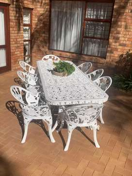 Patio set cast iron 8seater and table
