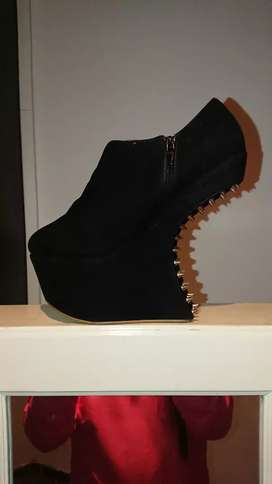 YDE 'I Love Shoes'
