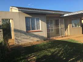 HOUSE FOR SALE IN GLENWOOD