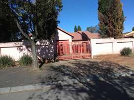 House for sale in Midrand (Generates R25k PM)