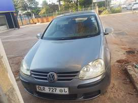 Am selling vw Golf 5 ,2005 medel