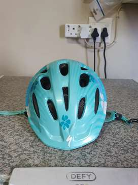 Bicycle helmet specialized