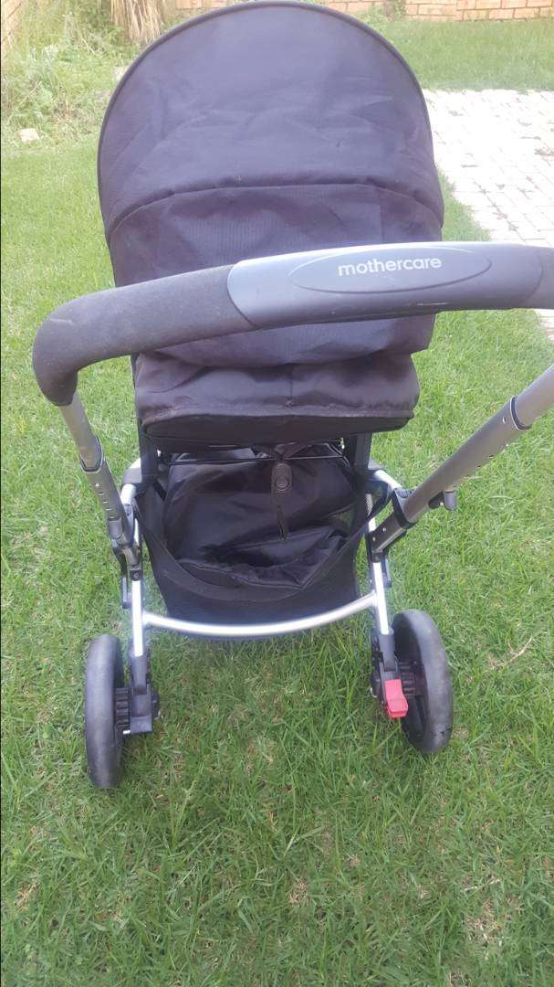 Mothercare Baby Pram for sale 0
