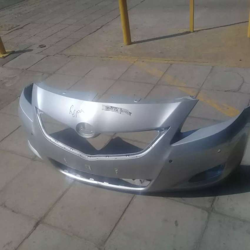 Toyota Yaris Front bumper 0