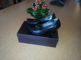 Кожаные туфли,лодочки 37р,Billiani