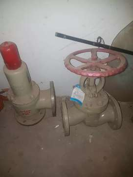 Fear of water pressure holder