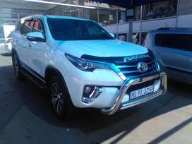 TOYOTA FORTUNER 2.8G-D6 MANUAL