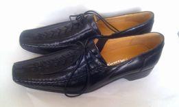 Кожаные туфли Италия на плоском мокасины черного шнурках