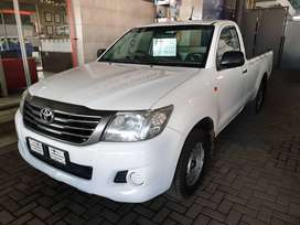 ^2013 Toyota Hilux 2.5D4D Singlecab-FSH with Toyota-