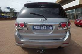 2015 Toyota Fortuner 3.0 D4D 4X4 Auto SUV 90,000km Family Car LIBERTY