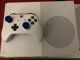 Xbox one S 1tb + 24inch monitor for sale