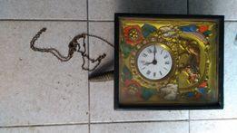 Zegar ścienny , stylowy , stary