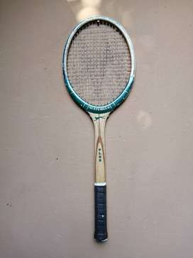 Lovely Slazenger tennis racquet.