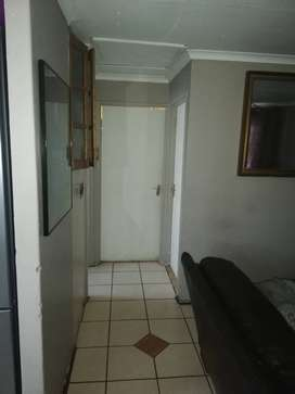 a big room to rent in phoenix phase 2 available 1st of dec