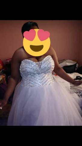 Wedding dress to hire or buy
