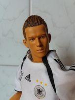 кукла шарнирная колекционная футболист
