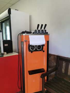 Industrial ice-cream machine